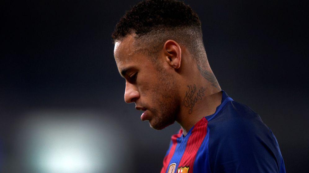 Foto: Neymar durante el encuentro con la Real Sociedad. (Reuters)