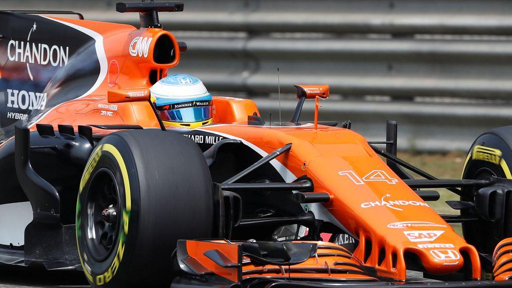 Foto: Fernando Alonso, este domingo en el trazado chino. (EFE)