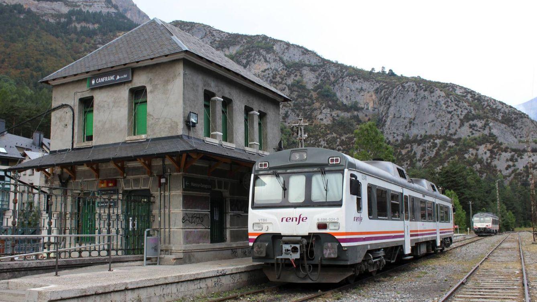 El verdadero tren de la vergüenza se llama 'tamagochi' y recorre Aragón en nueve horas