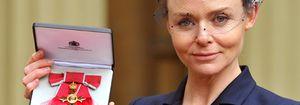 Foto: Stella McCartney recibe la Orden del Imperio británico