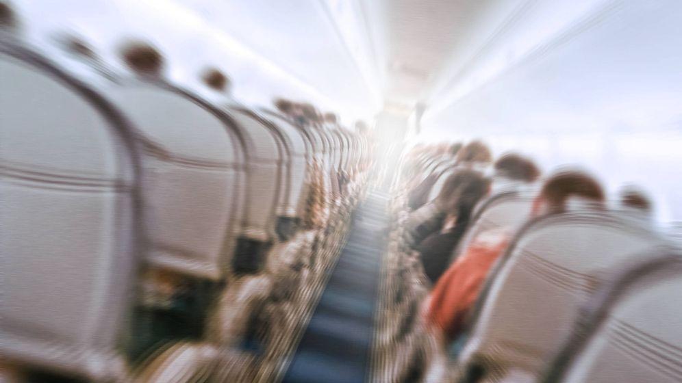 Foto: Turbulencias en un avión. (iStock)