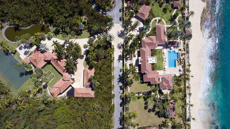 Vista aérea de la mansión caribeña de Donald Trump. (Cortesía de lechateaudespalmiers.com)
