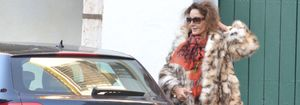 Foto: Críticas a Naty Abascal por acudir con un abrigo de piel a una feria ecológica