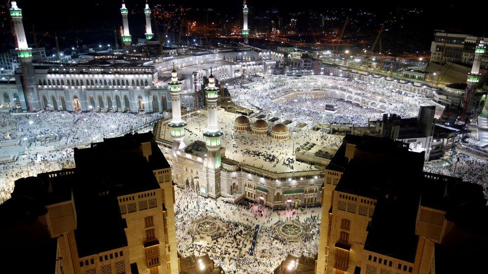Foto: Vista de la Kaaba y la mezquita al-Haram en La Meca, centro de peregrinación del islam. (Reuters)