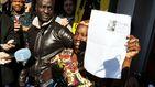 El Gordo cambia la vida a un senegalés que llegó hace ocho años en patera