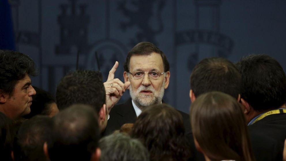 Rajoy promete ganar con 150 escaños para frenar el desánimo en el PP