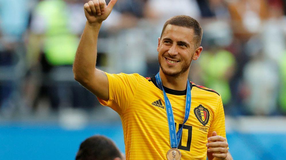 Foto: Eden Hazard celebra el tercer puesto conseguido en el Mundial de Rusia tras ganar a Inglaterra. (Efe)