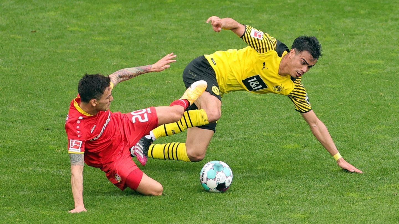 Reinier, en un partido con el Dortmund. (Reuters)