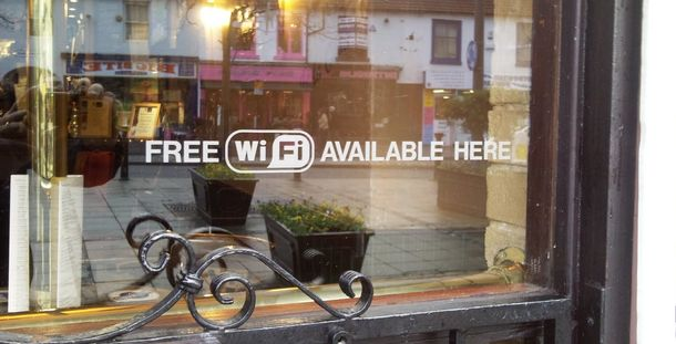 Foto: No hay wifi: los bares se plantan ante los 'gorrones' de internet