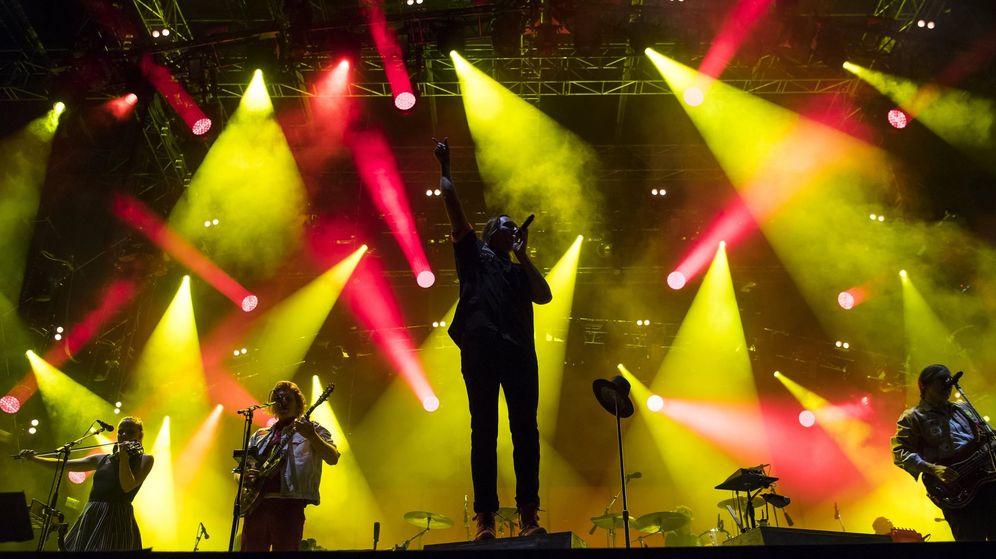 Foto: Arcade Fire en el Paelo Festival de Suiza el mes pasado (Efe)