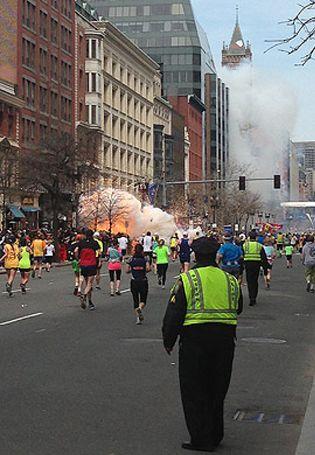 Foto: Una de las bombas de Boston estaba colocada en un olla exprés con clavos y rodamientos