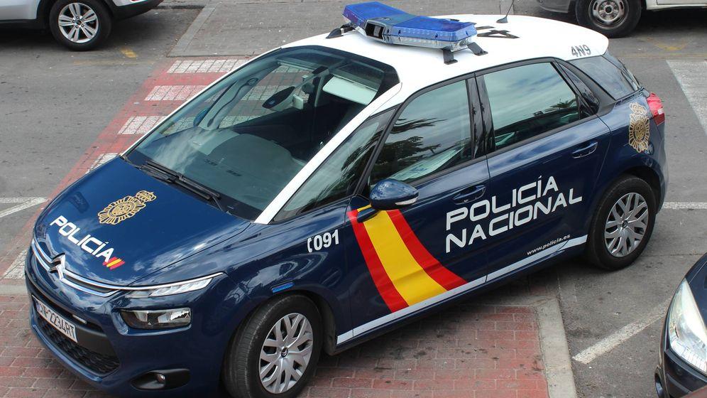 Foto: Coche de Policía Nacional. (Wikimedia Commons)