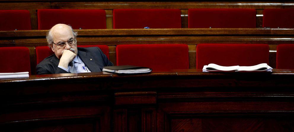 Foto: Mas-Colell, en el pleno de votación de los Presupuestos