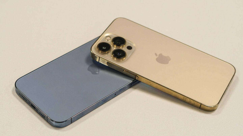 Los iPhone 13 Pro aumentan de grosor. Foto: M. Mcloughlin