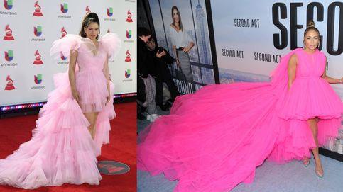 Jennifer Lopez le copia el look a Rosalía