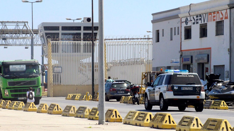 Detenidos dos pilotos de motos de agua tras arrojar al mar a dos inmigrantes en Ceuta