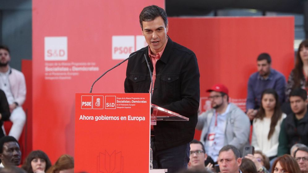 Foto: El líder del PSOE, Pedro Sánchez, durante su intervención en la clausura de la escuela de buen gobierno. (EFE)
