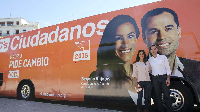 Foto: Los candidatos de Ciudadanos (C's) a la Comunidad de Madrid y al Ayuntamiento de la capital, Ignacio Aguado y Begoña Villacís. (EFE)