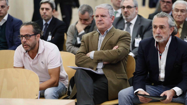 El Bigotes, Pablo Crespo y Francisco Correa durante el juicio de la Gürtel. (EFE)