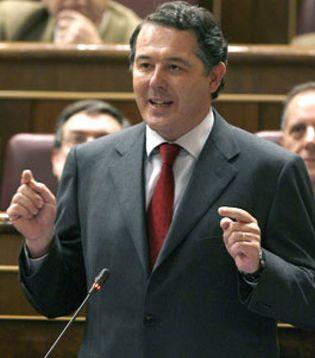 Foto: El ex ministro Michavila cambia de bufete tras verse salpicado por el caso 'Gürtel'