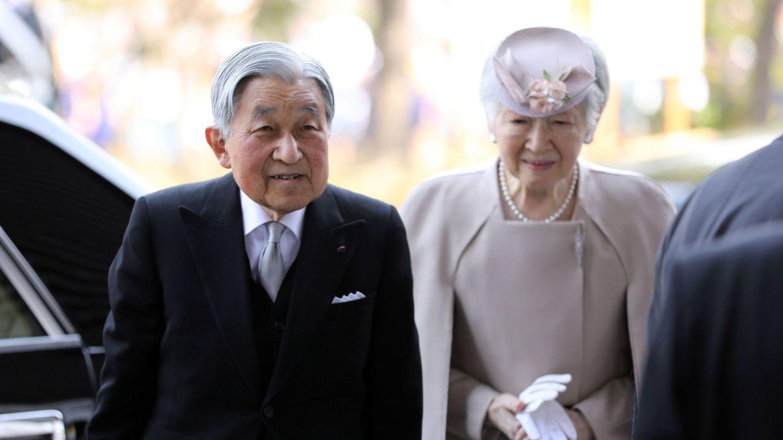 Akihito y Michiko en el 30 aniversario de su coronación. (Reuters)