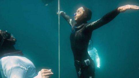 Brzozowski, la campeona de apnea que aguanta cinco minutos bajo el agua