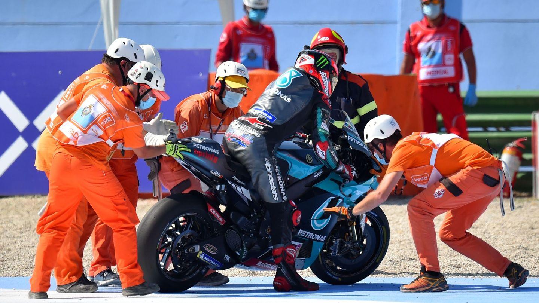 Quartararo quedó dos veces en el suelo durante el Gran Premio. (Reuters)