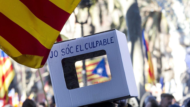 Puigdemont sigue sin proveedor informático que cuente los votos para su referéndum