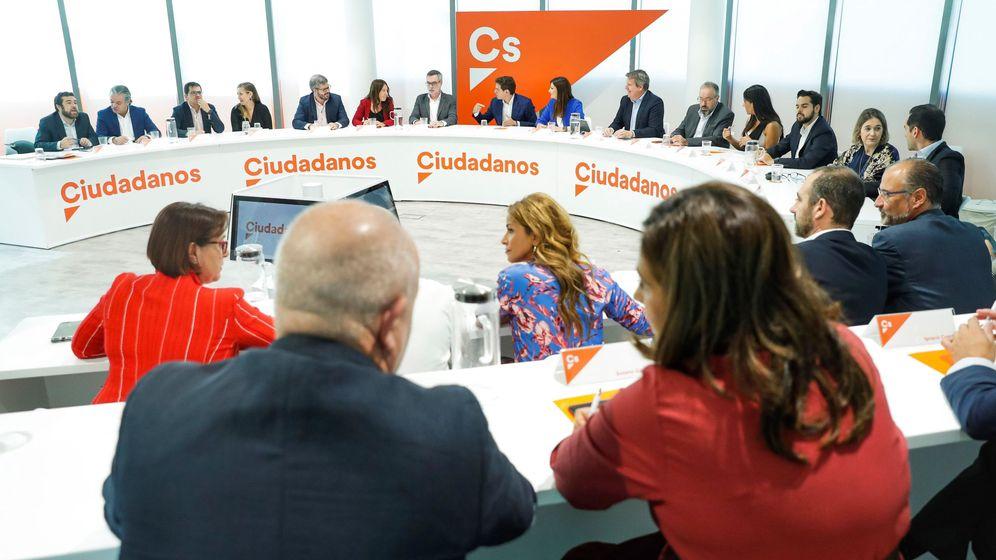 Foto: Reunión del Comité Ejecutivo de Ciudadanos. (EFE)