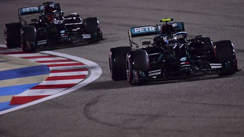 Bottas se lleva la pole en ausencia de Hamilton y Carlos Sainz octavo en Sakhir
