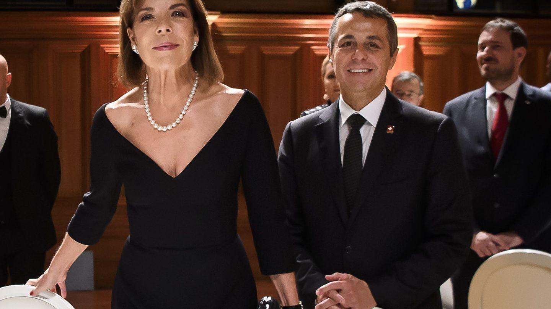 Con Ignazio Cassis, encargado del Departamento Federal de Asuntos Exteriores de Suiza, en Montecarlo. (EFE)