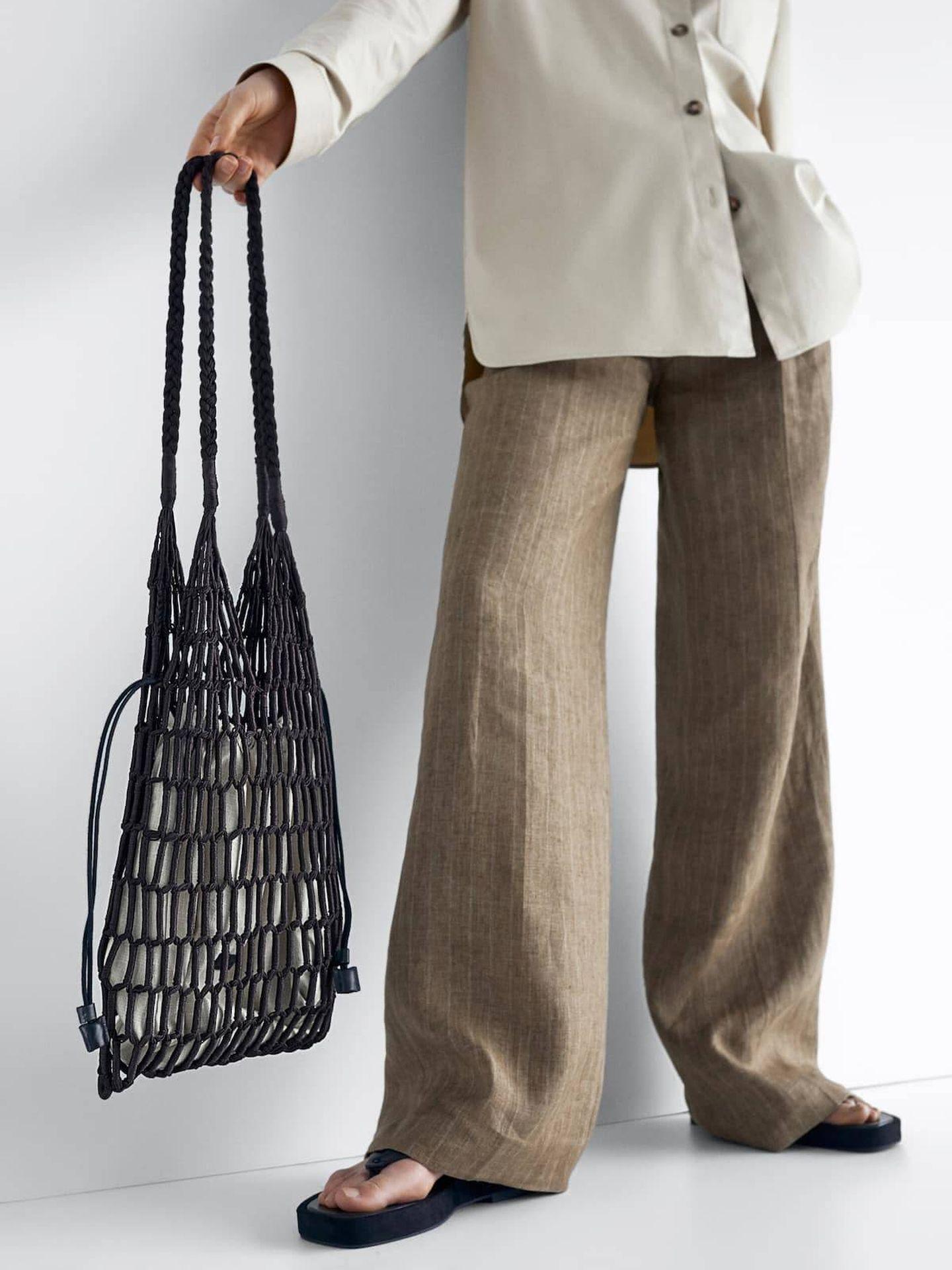 El nuevo bolso de Massimo Dutti. (Cortesía)