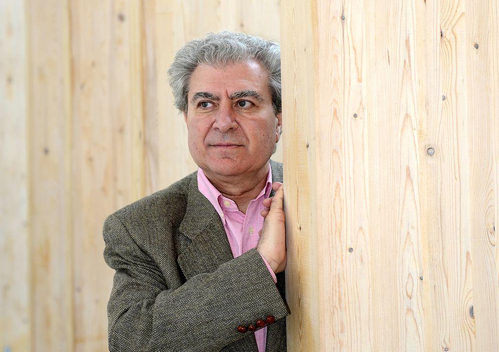 Foto: César Antonio Molina, en la Casa del Lector, en Matadero.