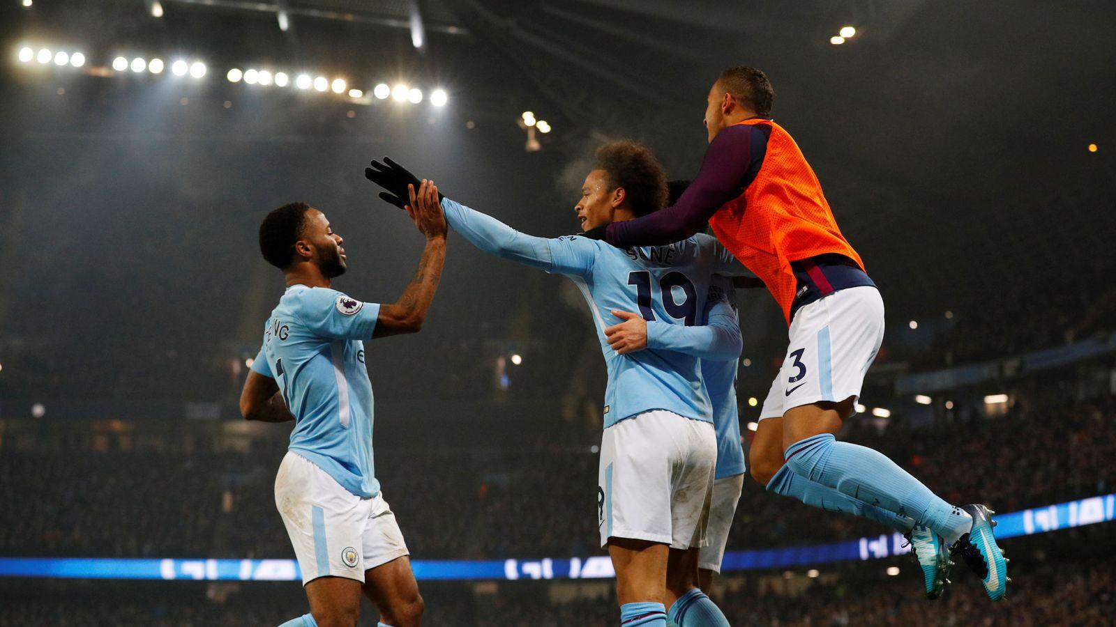 Foto: Jugadores del City celebran uno de los goles. (Reuters)