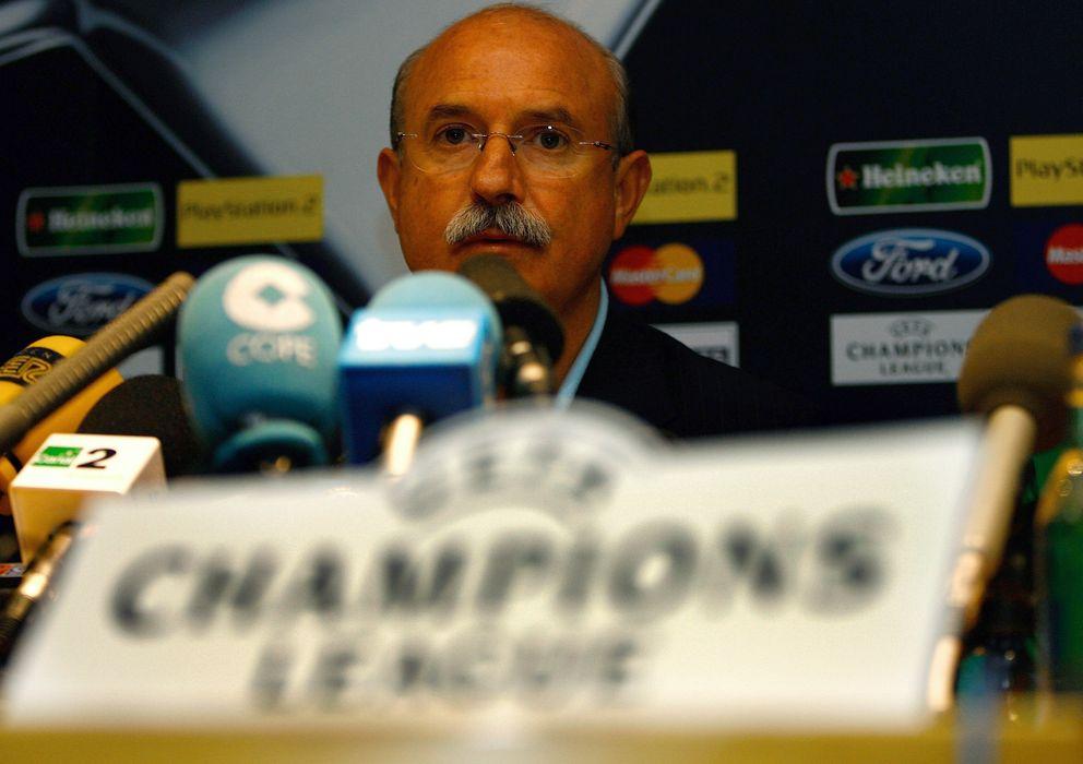 Foto: Serra Ferrer en su etapa como técnico (Reuters).