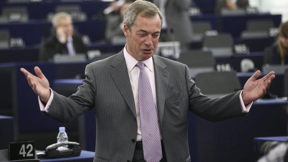 Foto: Nigel Farage, durante una sesión plenaria en el Parlamento Europeo. (Efe)