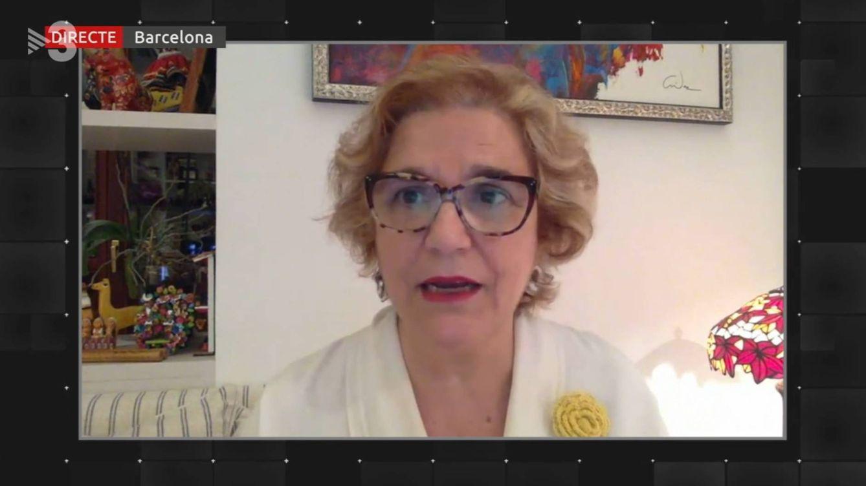 Pilar Rahola, de estrella de TV3 a una analista más: el director reniega de la periodista pero le mantiene el sueldazo en 'Tot es mou'