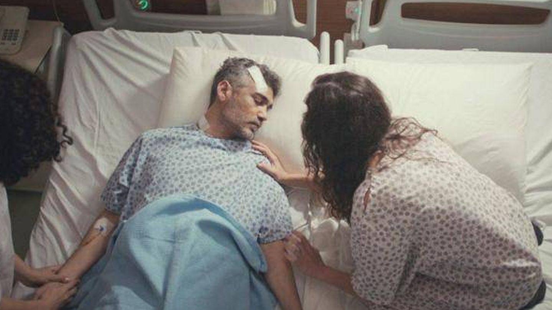 La muerte de Sarp en 'Mujer'. (Antena 3)