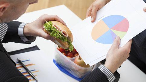 Por qué comer rápido engorda y te causa algo mucho más dañino