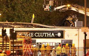 Ocho muertos en el choque del helicóptero policial contra un pub