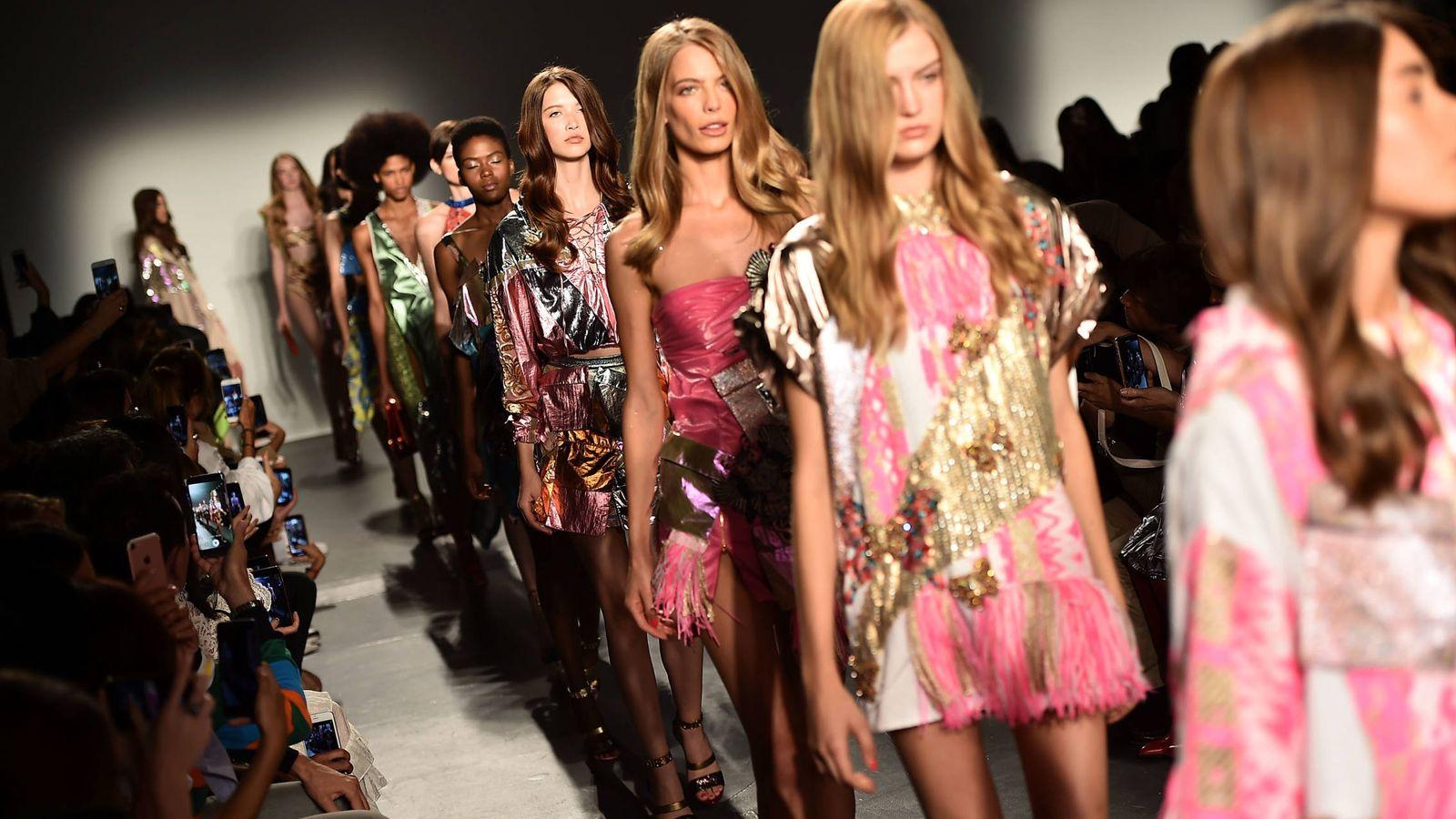 Foto: Desfile de Custo Barcelona en la New York Fashion Week (Fuente: Getty).