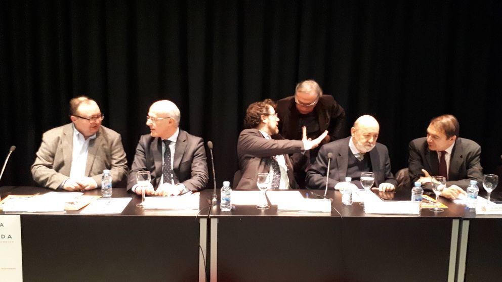 Michavila vs. Tezanos,  la guerra de las encuestas: Hacéis la peor de las cocinas