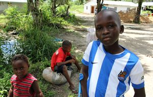 Un milagro llamado Henry: el 'niño español' de Sierra Leona