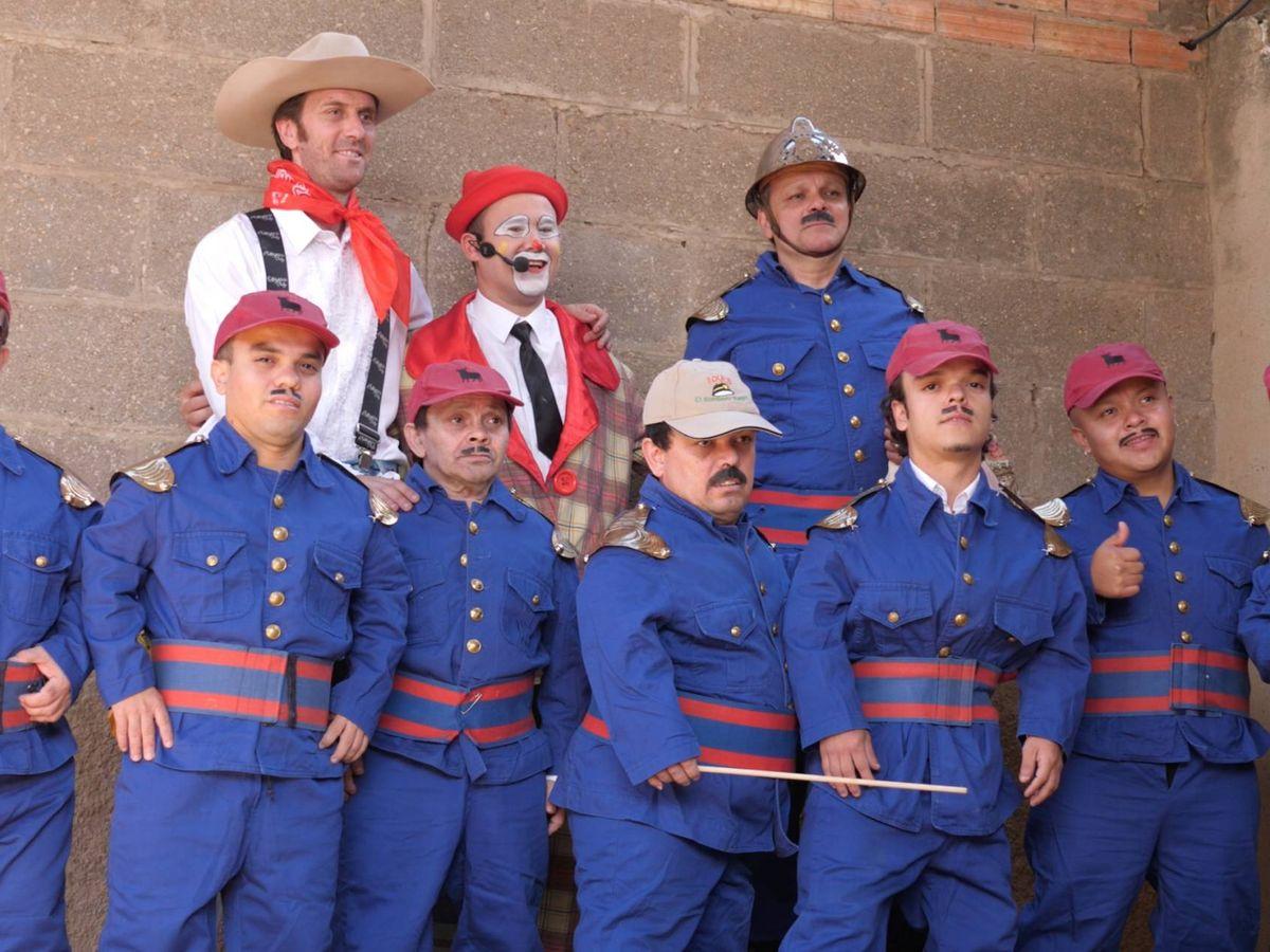Foto: Varios integrantes del show del bombero torero (Ernesto torrico)