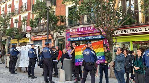 Un grupo antifascista irrumpe en un acto sobre okupación de Ciudadanos en Madrid