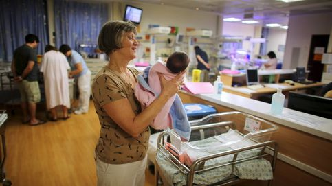 Miles de enfermeras vuelven de Reino Unido: ¿Inglaterra fenomenal? ¡Y una leche!