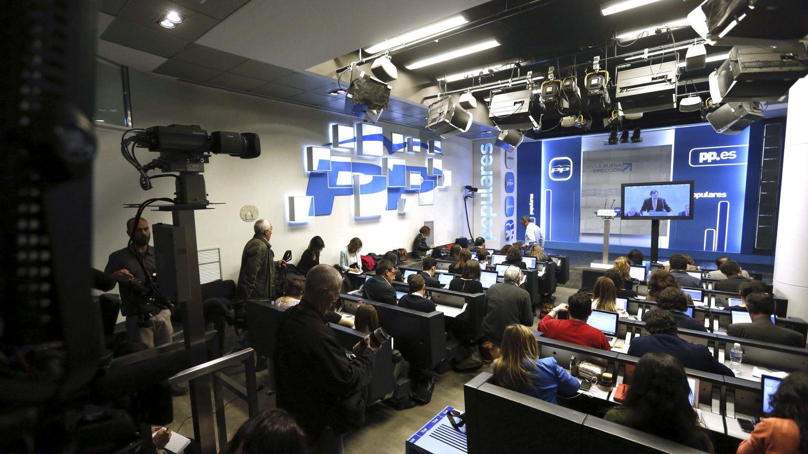 Foto: Vista general de la sala de prensa de la sede del Partido Popular. (EFE)