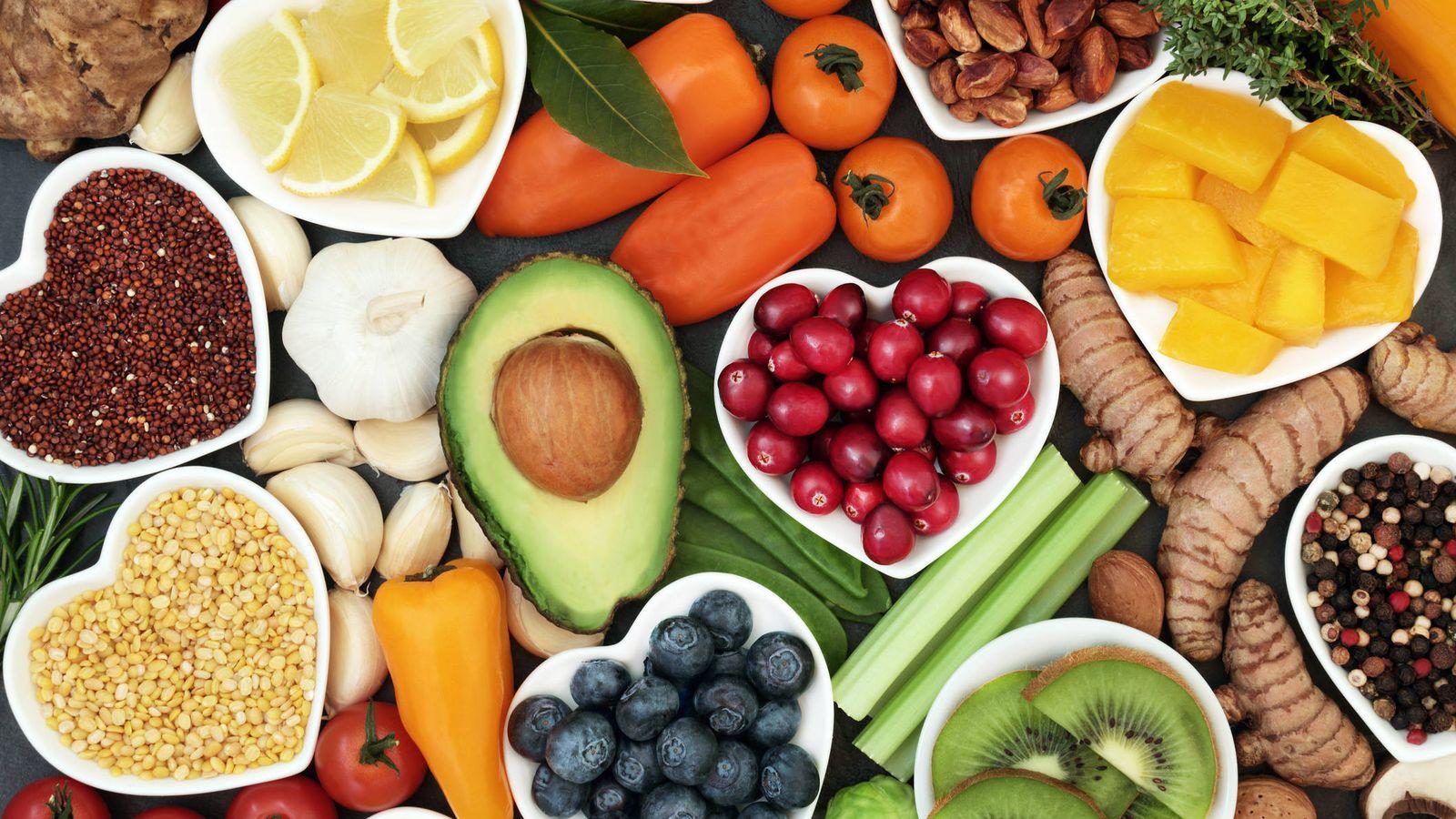 Siga una dieta llena de alimentos ricos en antioxidantes