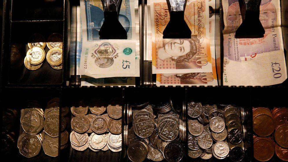 Foto: Efectivo de libras esterlinas. (Reuters)