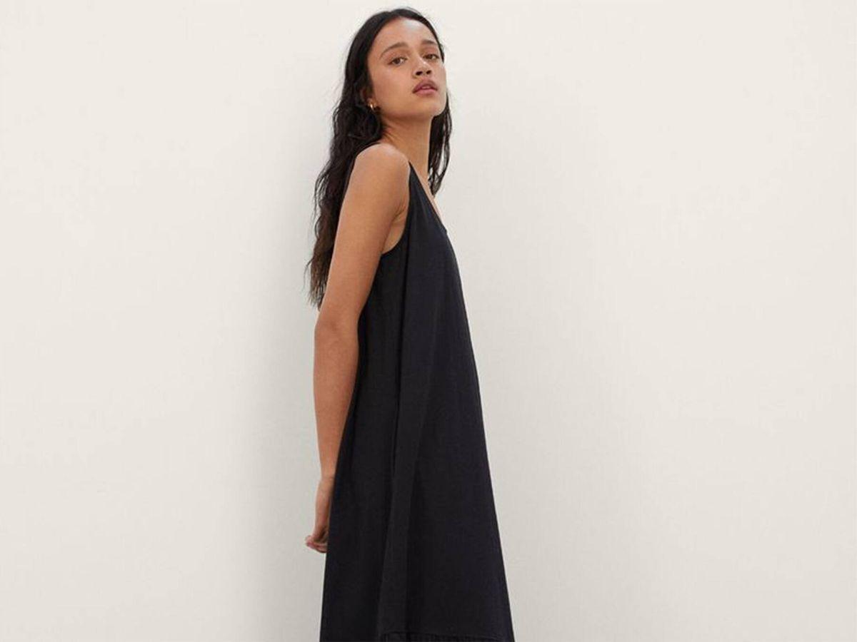 Foto: El vestido sostenible de Parfois diseñado para todo tipo de cuerpos. (Cortesía)